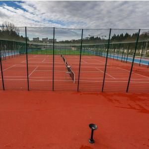 Teren Tenis